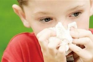 家长警觉防治过敏性鼻炎的办法正确认识鼻炎重复发生的原因