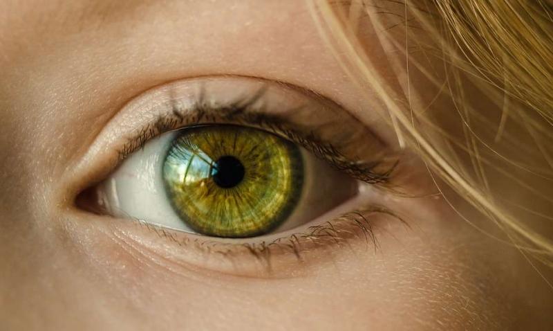 美容院眼部按摩手法怎么样眼部按摩有什么好处